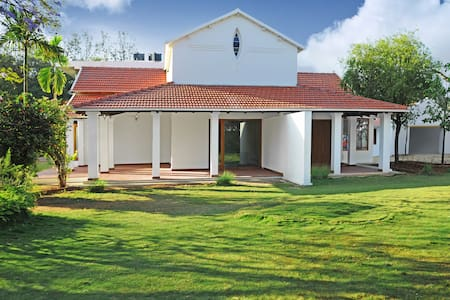 Gorgeous 5BHK Luxury villa in heart of Whitefield