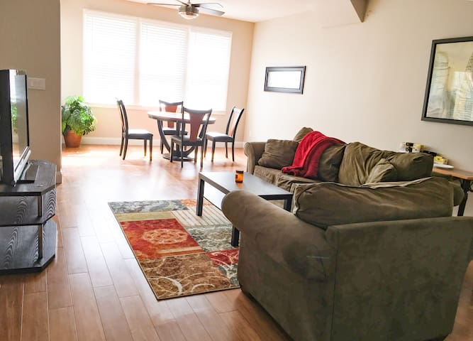 1bd 1ba near Braves Stadium