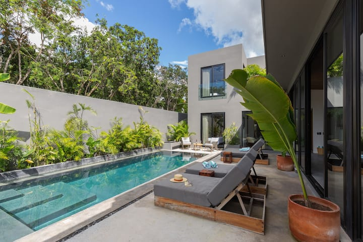 Casa Gris an Architectural Oasis in Tulum