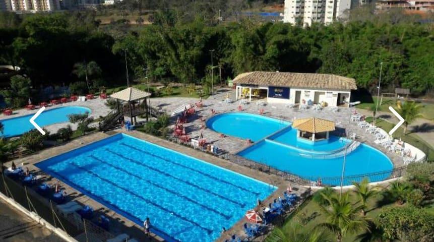 Golden Dolphin c/toalhas  roupa de cama  piscina4p