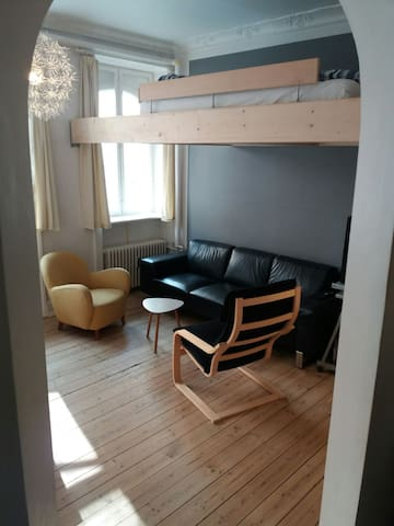 Cozy well used space in CPH.Free wi-fi and bikes.