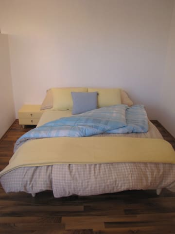 Nette 1,5 Zimmer Ferienwohnung - Altstätten - Dom