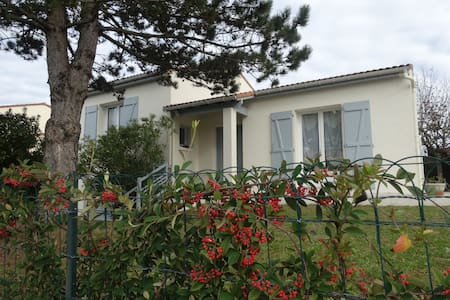 Villa de vacancies district calms near trade - Saint-Georges-de-Didonne