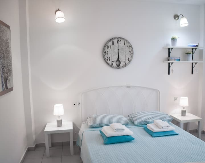 Cozy apartment close to Heraklion city centre.