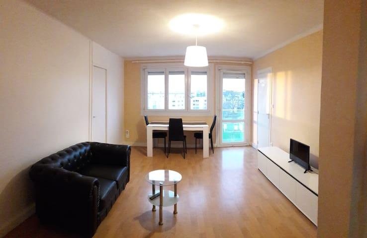 Appartement T5 pour 5 personnes, Vannes