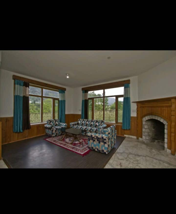 Beautiful and comfortable home stay in Manali.