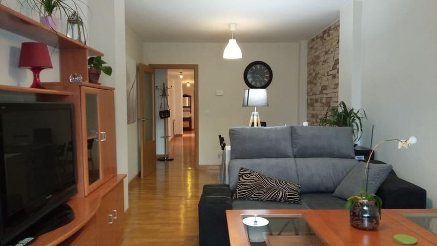 Apartamento 3 dormitorios en la ciudad de A Coruña