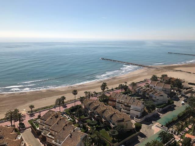 Apartamento con vistas increíbles - El Puig - Apartemen