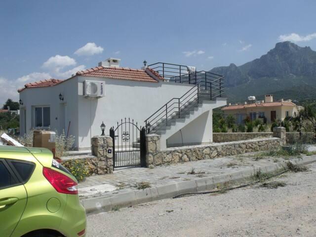 Сдаю комнату в бунгало в Кирении - Girne - Casa