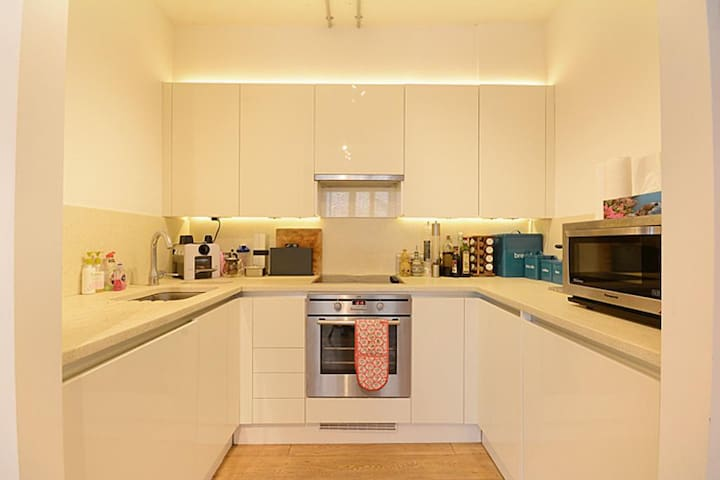 Warehouse Style Central London One Bed Flat