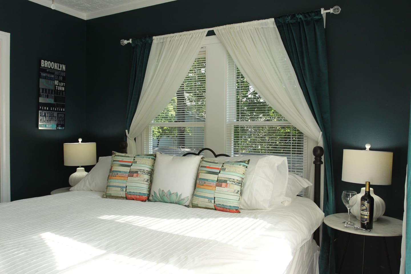 1 - Ahhhhh.....this king sized bed will make you want to stay in bed all day...but no...you must get up experience The Heights!