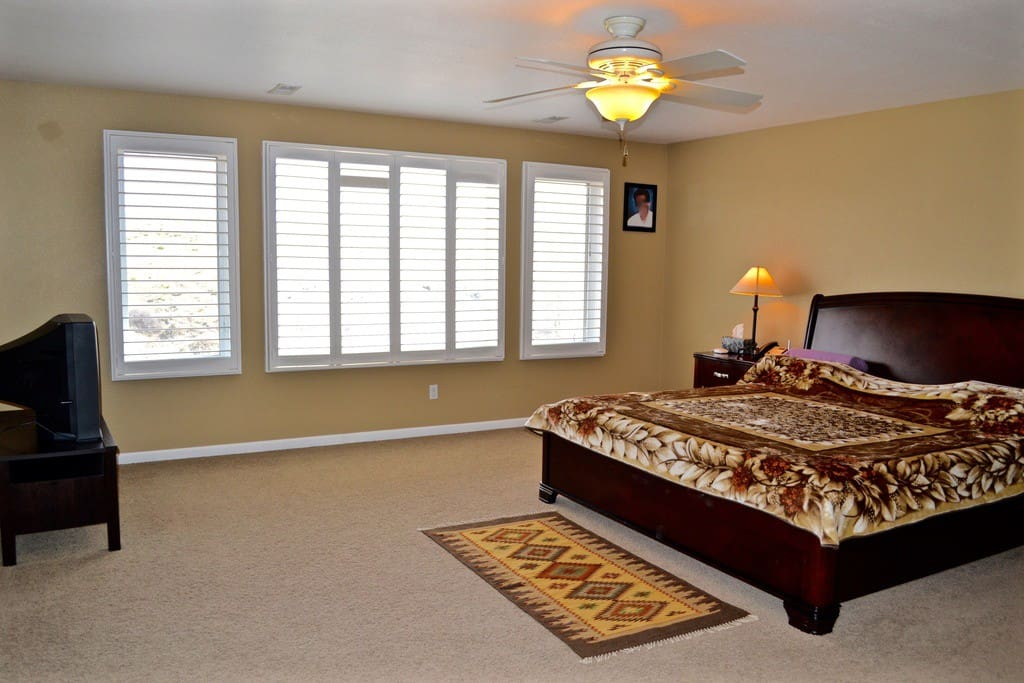 Huge Master bedroom with a retreat. TV in the picture is not there currently and we will be replacing it soon.