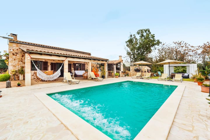 Embedded in Nature and with Pool - Finca Esplendor