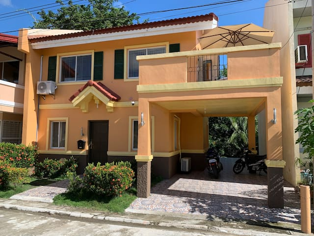 House in Toscana Subdivision Davao City for rent
