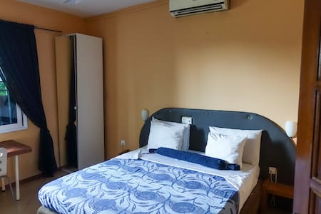 Affordable and clean lakeview room in West-Accra