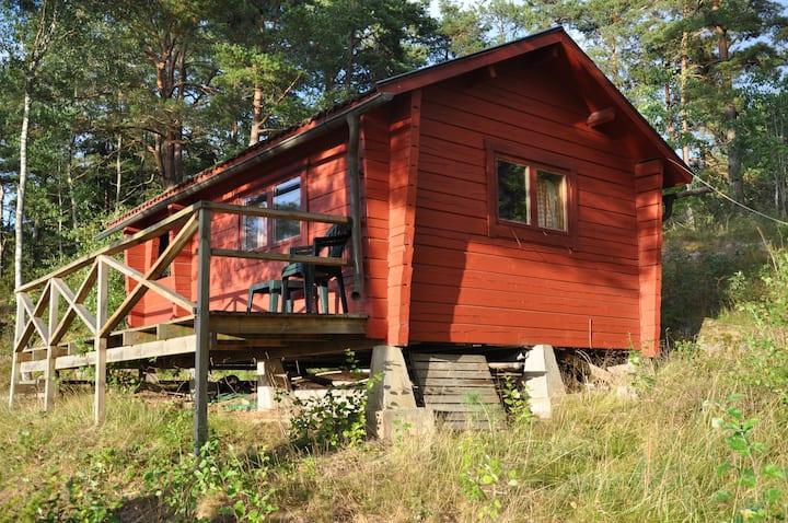 Small cottage near Vänern at Kållandsö