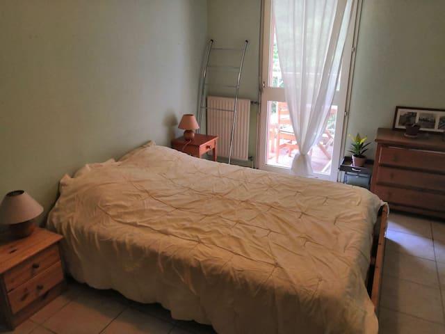 Chambre rdc avec terrasse