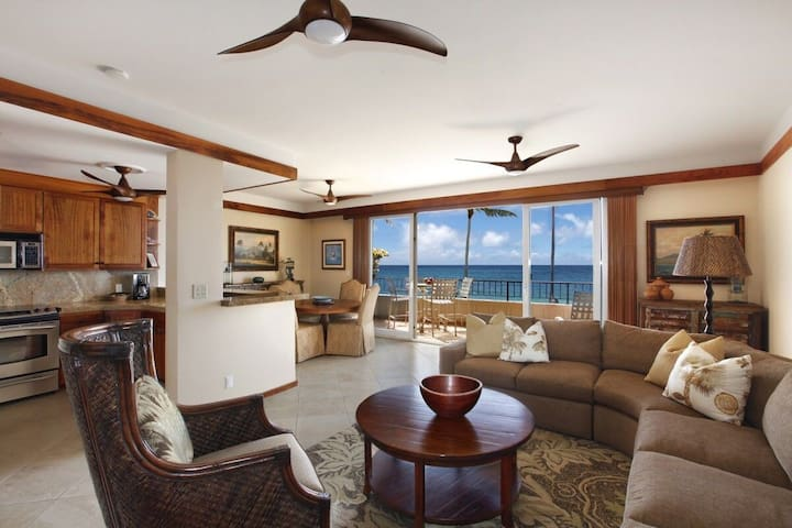 Luxury Condo at Whalers Cove