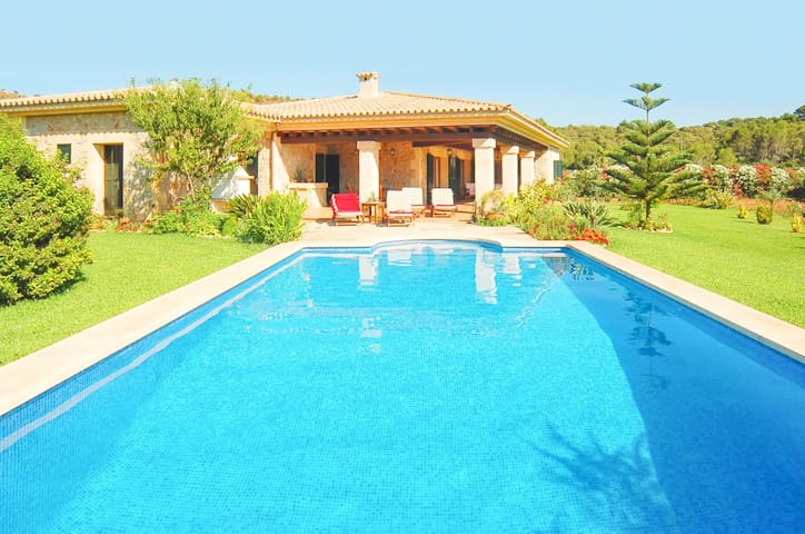 Ideal villa in Mallorca with views. Free car! - Pollença - Rumah