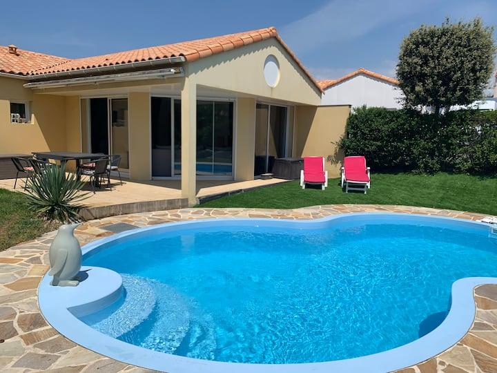Villa avec piscine privative chauffée