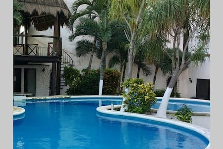 Cancun Malecon Americas 2 - Cancún - Bed & Breakfast