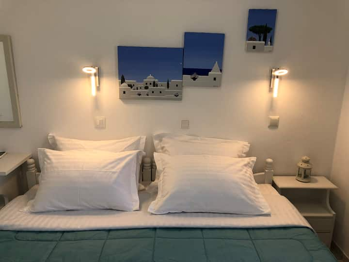 Room 11 rooms and suites.Mykonos