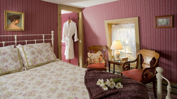 The Clipper - Harbour Cottage Inn Bed and Breakfast