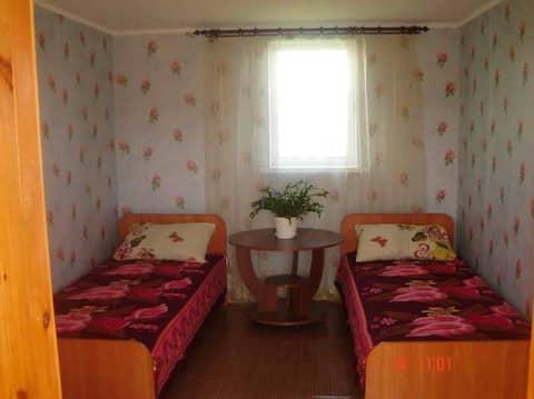 Бюджетная комнаты с общим туалетом