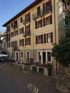 Vacanze a Casteldelfino - Casteldelfino - Pis