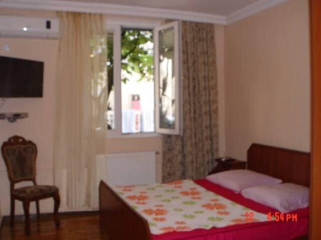 Комната номер 1 - Kobuleti - House