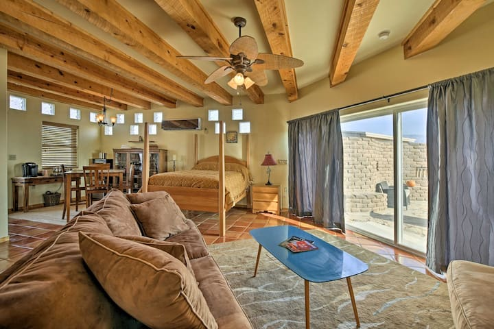 Cozy Corrales Studio w/ Mtn. Views Near Santa Fe!