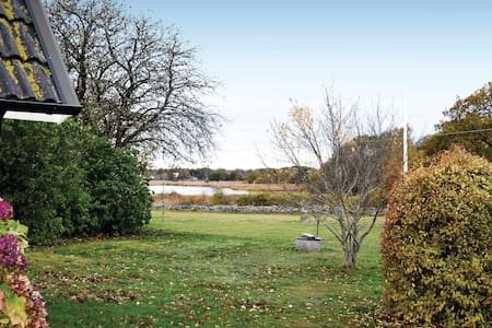 Holiday cottage with 1 room on 30m² in Sturkö