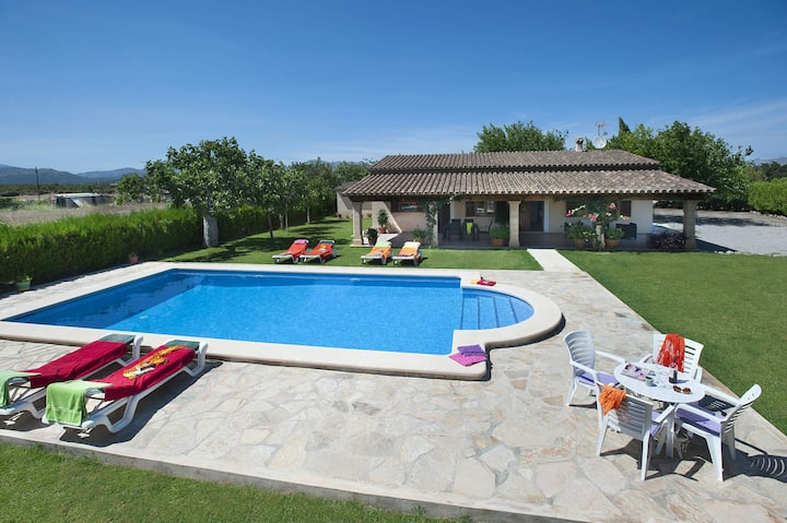 Can Burgues 3 bed, 2 bath, A/C , private pool