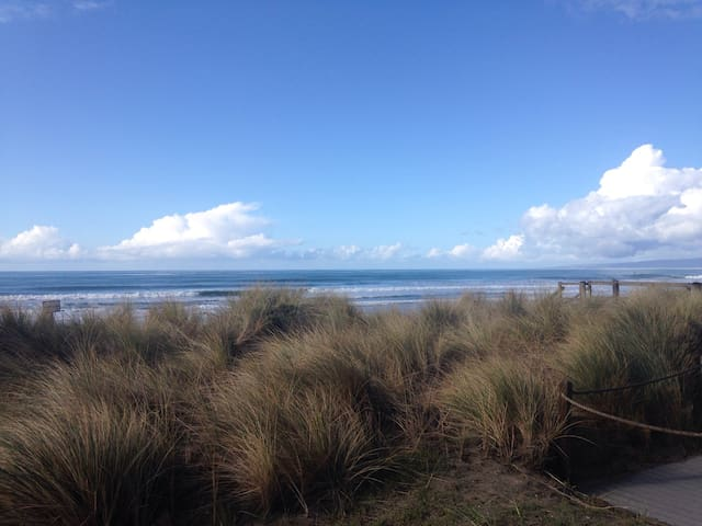 Beachfront Condo in the Sand Dunes! - Watsonville - Condominium