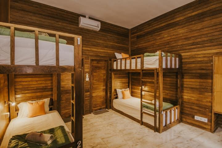 Devadav Hostel (Dormitory) Nusa Lembongan