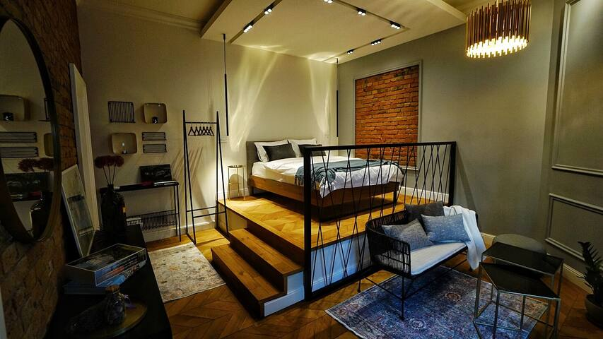 Explore Old Town from an Outstanding Apartment
