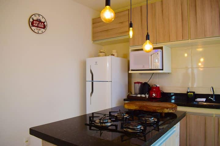 Apartamento novo, completo e com ótima localização