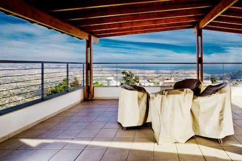 Amazing VIEW, 2 bedroom appartment
