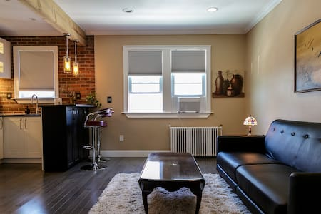 Luxe 1-Bedroom Loft Near Manhattan - Weehawken