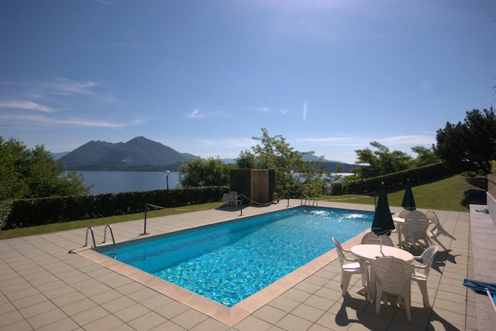 Vignolo Park accomodation with pool and terrace