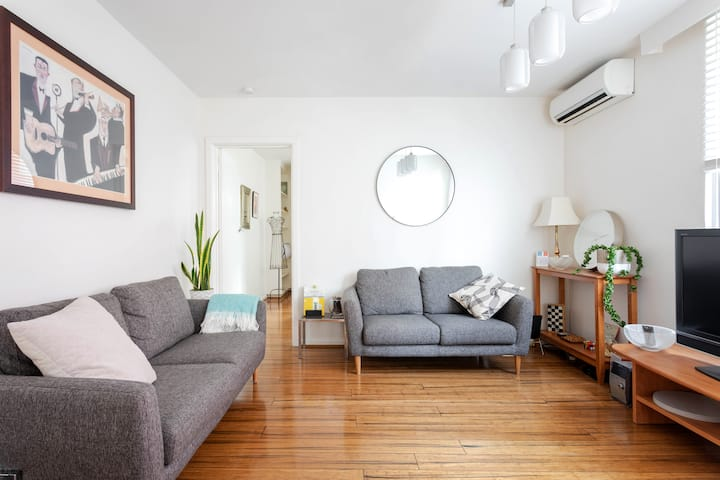 Fresh renovation in the heart of St Kilda.