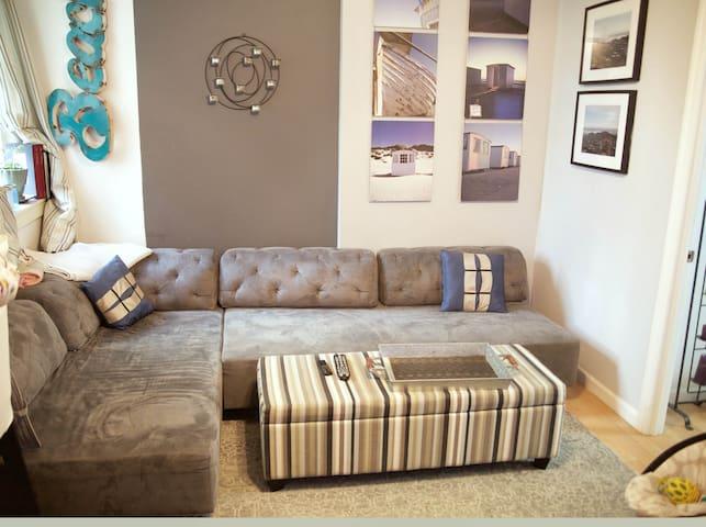 2 bedroom - Upper East Side-great for kids