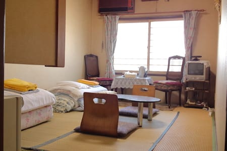 Showa retro Japanese-Style Room / Shared Bathroom - Hakodate-shi - Gistiheimili