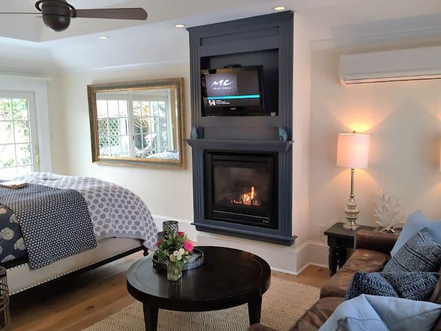 Henry David Thoreau Cottage - Carpe Diem Guesthouse & Spa