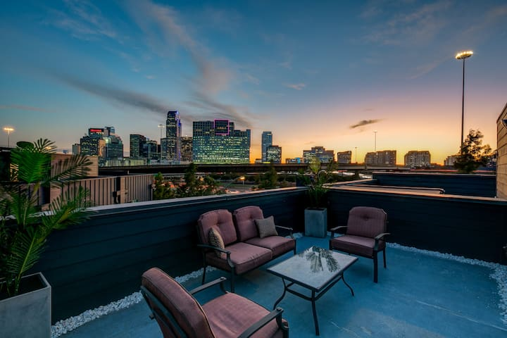 Elegance Undeniable, Uptown home, Downtown views