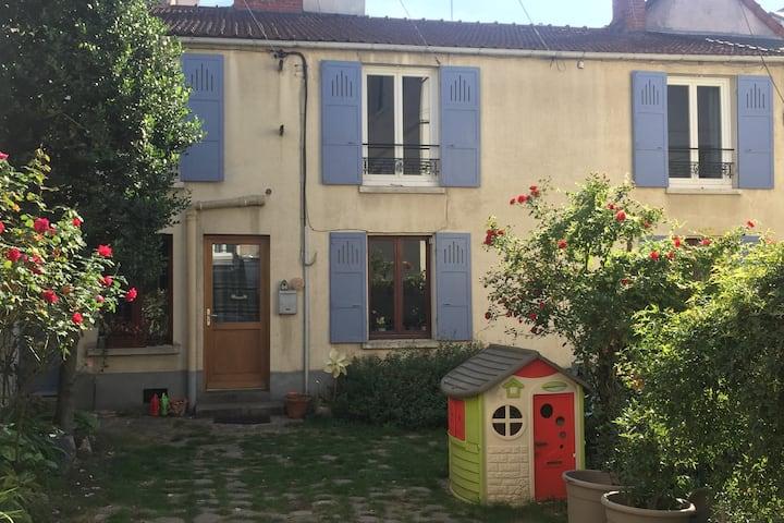 50m2 Orsay centre à 500m RER /Paris-faculté-Saclay