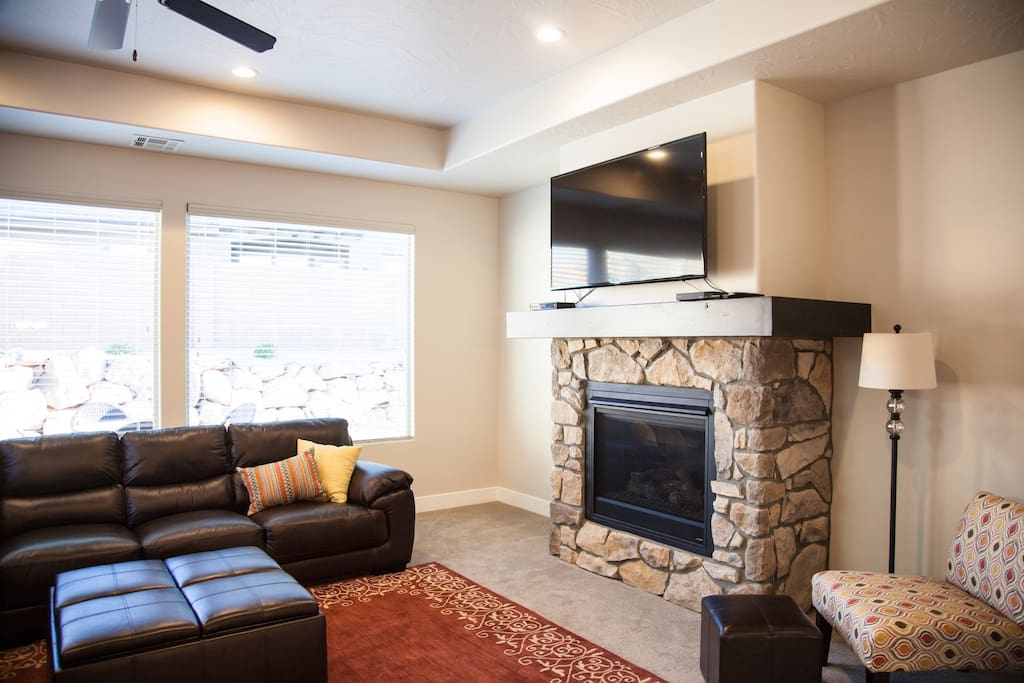 Fireplace and 55inch smart TV.  Cable television throughout the home.  Wireless internet included.