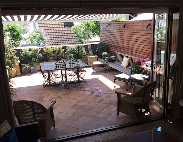 Beautiful  inner city terrace - Pyrmont - Casa
