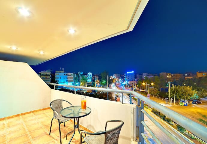 Apartment with a view in Athens - Paleo Faliro