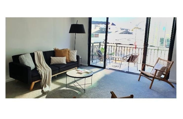 Stylish 1BDR Unit in the Heart of Subiaco